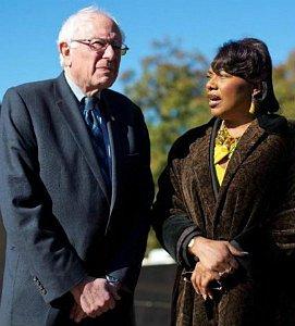 Bernie-Sanders-Bernice-King-271x300.jpg
